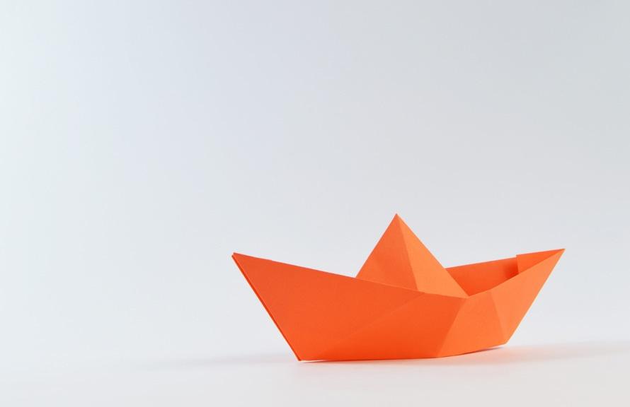 papierschiff-pexels-photo-large