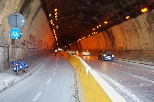 napoli 1 tunnel